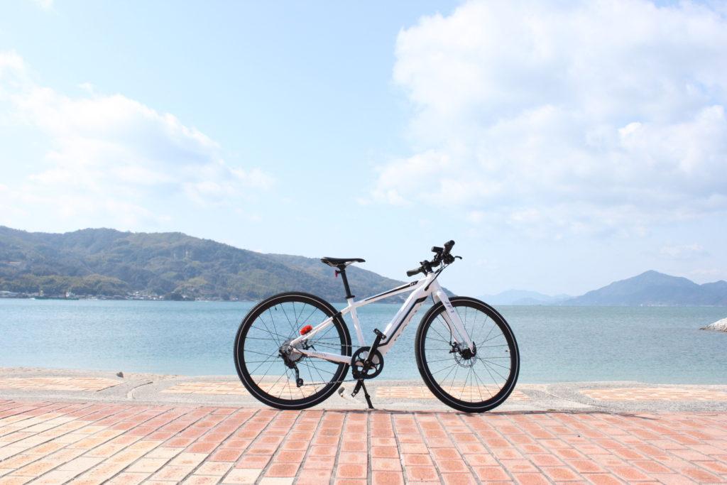しまなみ インスタ映えスポット e-bikeと海